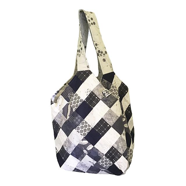 Mondo Bag Designs by Theresa Hanada